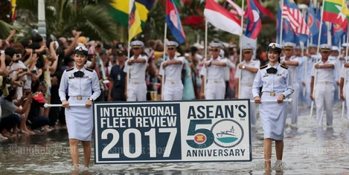 ASEAN navies boost ties in fleet review